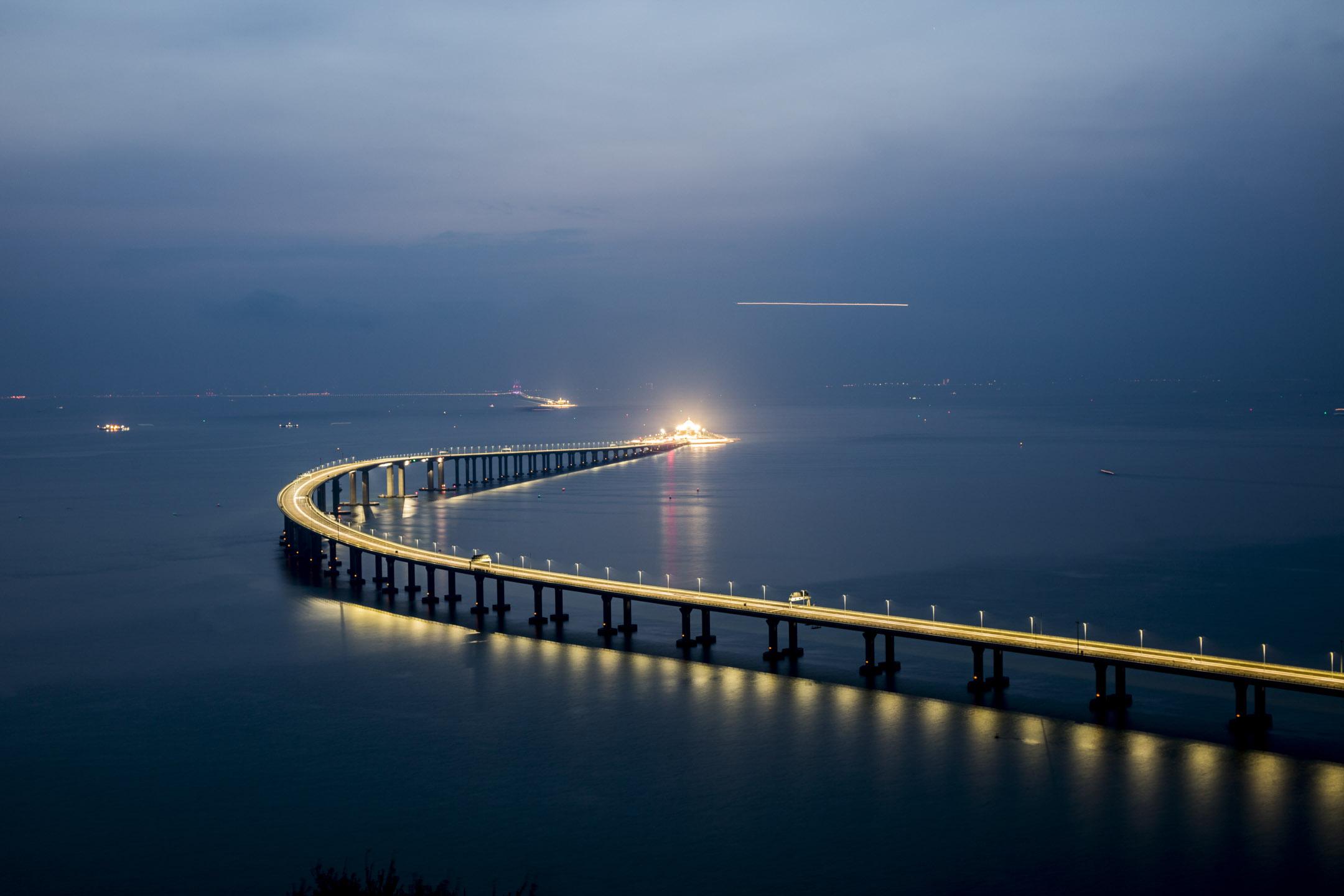 2020  珠江美食、港珠澳大橋、越南下龍灣 雙動高鐵 11天